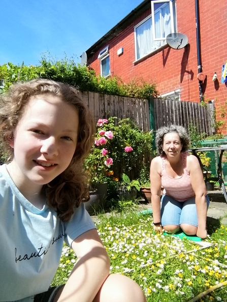Flower counting with Karen and Eve